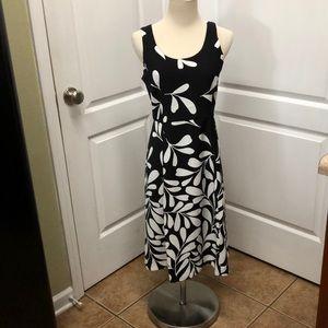 Dresses & Skirts - Ann Taylor Dress